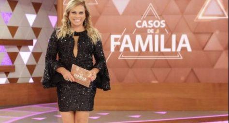 """""""Casos de Família"""" vence reprise de novela da Record TV e reassume o 2º lugar"""