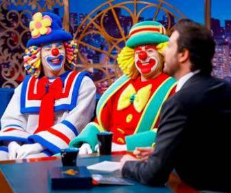 """""""Patati Patatá"""" são os entrevistados do The Noite nesta sexta-feira (22)"""