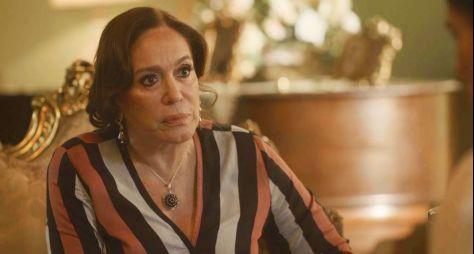 """Reprise de """"Avenida Brasil"""" atinge recorde negativo e """"Eramos Seis"""" decepciona"""