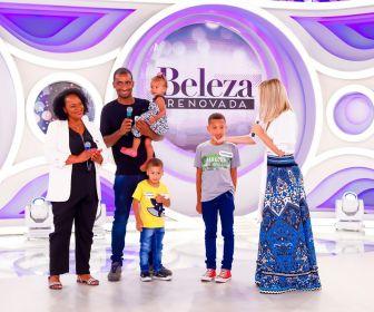 """Elenco de """"As Aventura de Poliana"""" ajudam Eliana no quadro """"Beleza Renovada"""""""