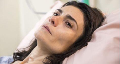 Amor de Mãe: Leila acorda do coma
