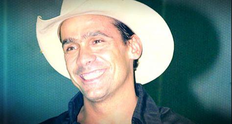 Domingo Show mostra como vive hoje Rodrigo Cowboy