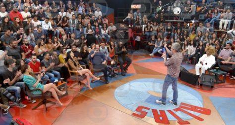 """""""Altas Horas"""" deste sábado é invadido pelo talento de Elza Soares"""