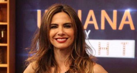 RedeTV! manterá programas de Luciana Gimenez gravados