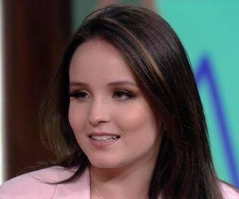 """TV Globo já teria acertado com Larissa Manoela para """"Além da Ilusão"""""""