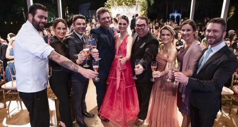 Melhores Momentos: Fábrica de Casamentos traz festa temática de super-herói