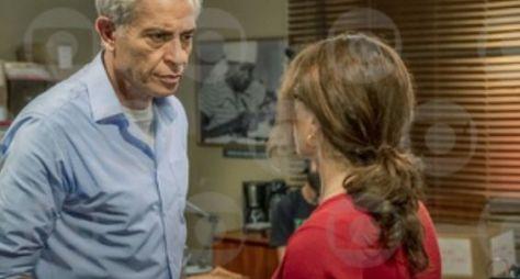 "Debora Bloch e Paulo Gorgulho gravam cenas de ""Segunda Chamada"""