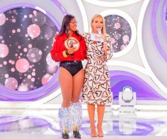 Melhores Momentos: Eliana realiza sonho de uma bailarina em seu programa