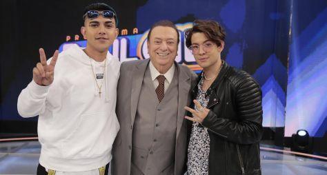 """Raul Gil apresenta """"Shadow Brasil"""", """"Funkeirinhos"""" e """"Jogo do Banquinho"""""""