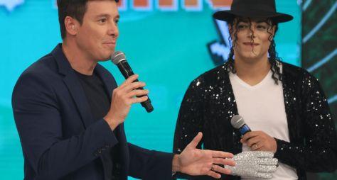 """""""Hora do Faro"""" homenageia Michael Jackson em quadro e """"Dança Gatinho"""" especial"""