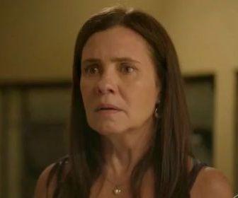 """""""Thelma terá ao menos uma redenção"""", avisa autora de """"Amor de Mãe"""""""