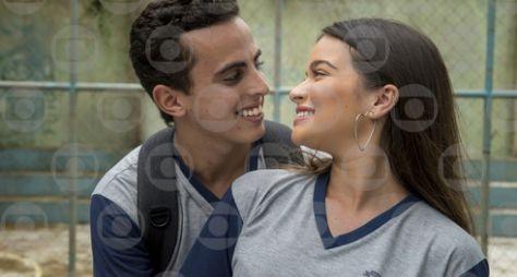 Toda Forma de Amar: Nanda e Marquinhos começam a namorar