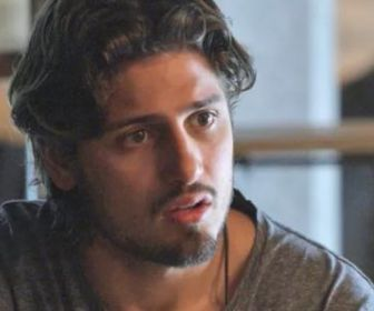 Daniel Rocha confessa que gostaria de voltar a atuar em novelas da Globo
