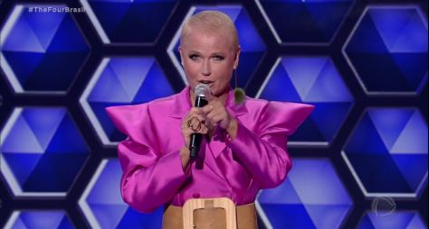 Xuxa Meneghel, com o The Four, passa vergonha na Record TV