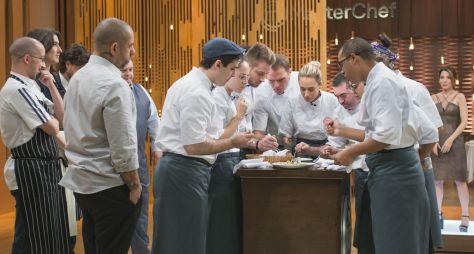Cozinheiros precisam reproduzir prato de restaurante no MasterChef Profissionai