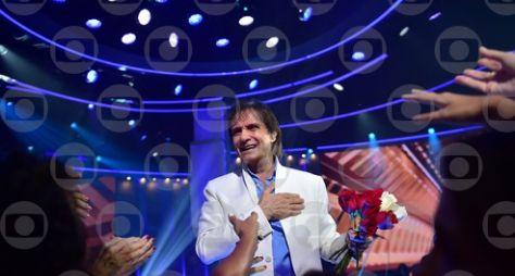 Live: Roberto Carlos fará apresentação para o almoço de dia das mães