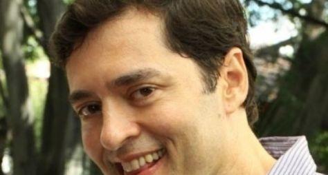 Tiago Santiago envia sinopse para a direção da Globo avaliar