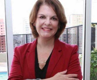 Sem previsão de novelas, Leonor Corrêa é demitida do SBT