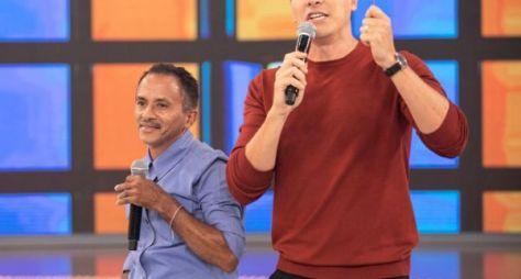 """Rodrigo Faro bate papo inédito com o dono da """"Caneta Azul"""""""