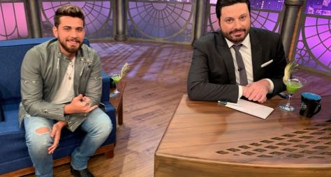Gustavo Mioto é o entrevistado de Danilo Gentili no The Noite de hoje