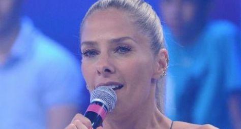 Adriane Galisteu segue cogitada para apresentar o Power Couple Brasil