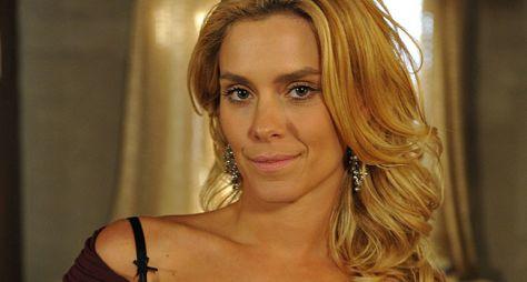 Carolina Dieckmann será vilã de novela da sete