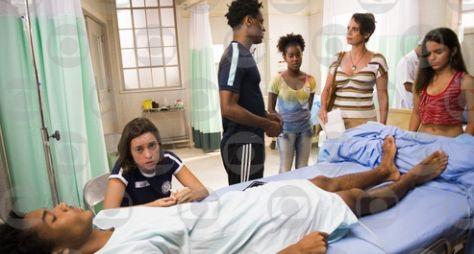TD+: Wesley fica paraplégico ao ser atropelado por Durão e Machado