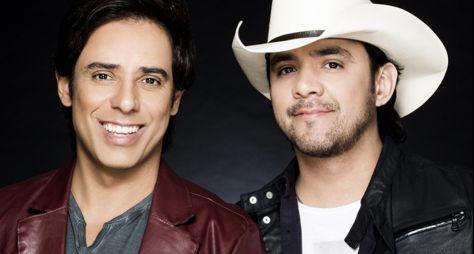 """""""Música na Band"""" exibe show ao vivo da dupla Guilherme e Santiago nesta sexta"""
