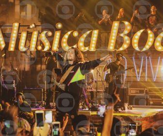 """Vitor Kley relembra participação no """"Música Boa"""""""