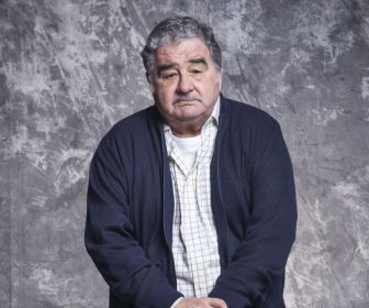 """Otávio Augusto, de 75 anos, continuará gravando """"Salve-se Quem Puder"""""""