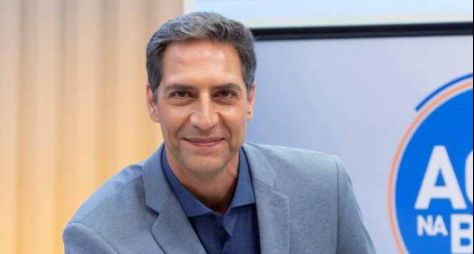 Luís Ernesto Lacombe deve apresentar programa que substituirá Edu Guedes