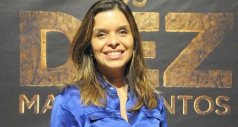 Vivian de Oliveira desenvolve roteiro de realismo fantástico