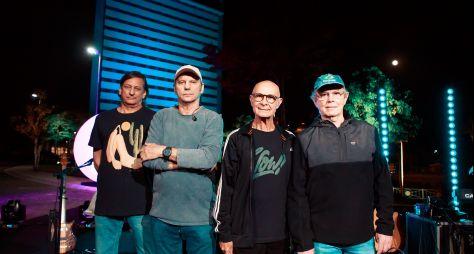 Show da banda 14 Bis embala a festa de aniversário da TV Aparecida