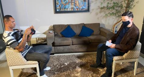 Roberto Cabrini traz entrevista inédita com o goleiro Bruno no Conexão Repórter
