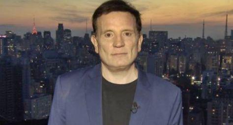 Record TV contrata o jornalista Roberto Cabrini