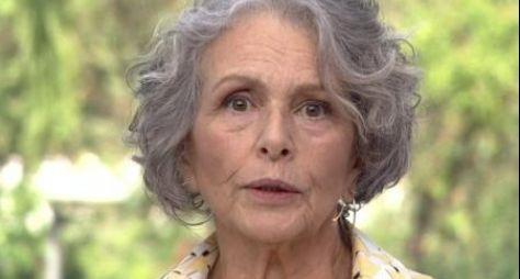 Globo renova o contrato de Irene Ravache por mais dois anos