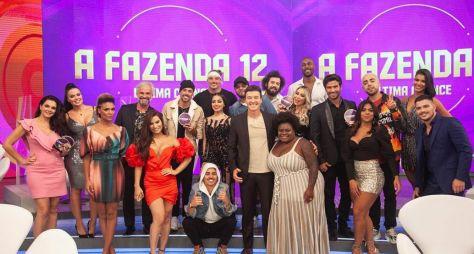 Jojo Todynho confronta todos os vinte ex-peões da temporada no Hora do Faro
