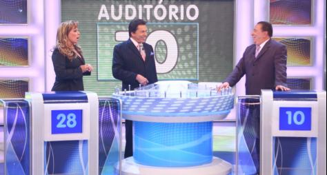 """""""Programa Silvio Santos"""" exibe participação de Raul Gil e Christina Rocha"""