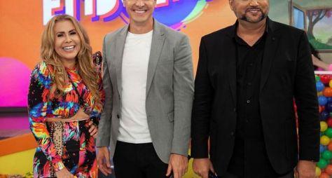 """Geraldo Luis e Joelma disputam prêmio no """"Hora do Faro"""""""