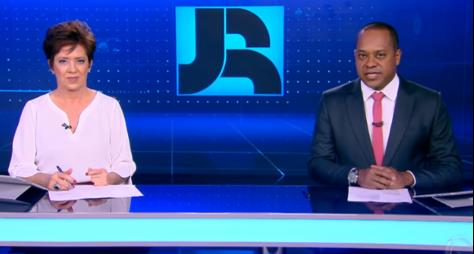 """""""Jornal da Record"""" e reprise de """"Jesus"""" crescem e tiram público da TV Globo"""