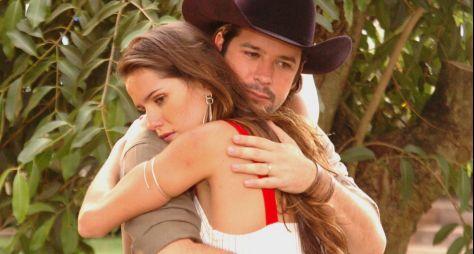 """Deborah Secco sugere reprise de """"América"""" para o GloboPlay"""