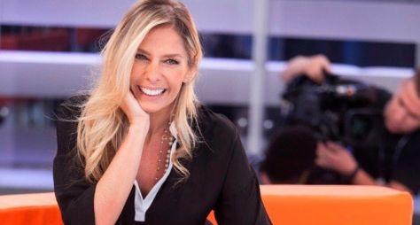 Record TV deve anunciar a contratação de Adriane Galisteu