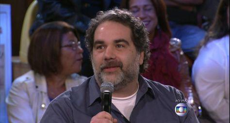 O Alienista: Felipe Miguez ainda aguarda aprovação da TV Globo