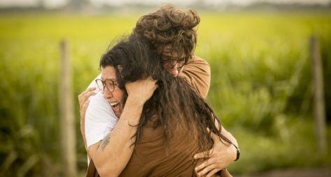 """""""Amor de Mãe"""": O reencontro de Lurdes e Domênico"""