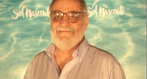 Aposentado, Walther Negrão é hospitalizado em São Paulo