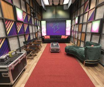 Os 13 casais da 5ª temporada do reality show já estão confinados na Mansão Power