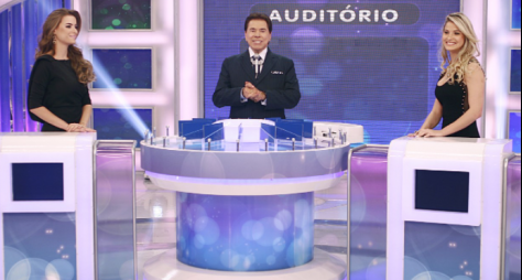 "Silvio Santos recebe Andressa Suita e Rayanne Morais no ""Jogo das 3 Pistas"""
