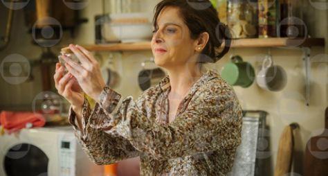 Império: Cora disposta a provar que Cristina é filha de José Alfredo