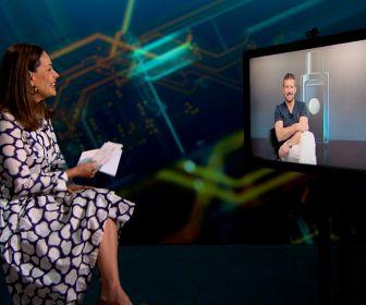 Antonio Banderas conversa com Carolina Ferraz no Domingo Espetacular