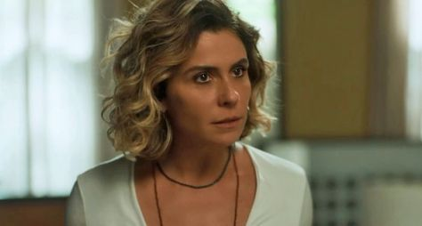 """Com """"medo"""" da NetFlix, TV Globo antecipa renovações de contratos de atrizes"""
